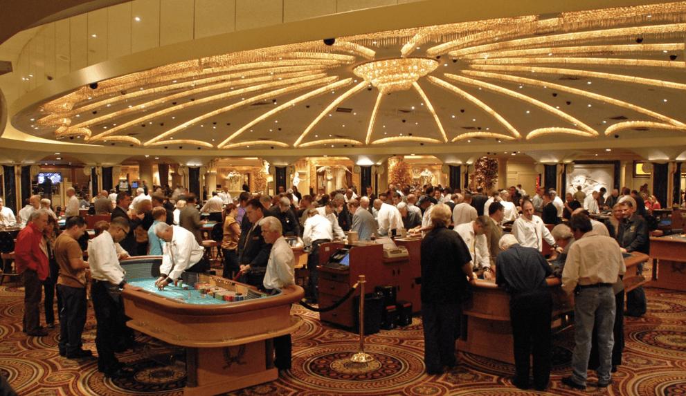 Bordsspel inuti ett casino i Las Vegas