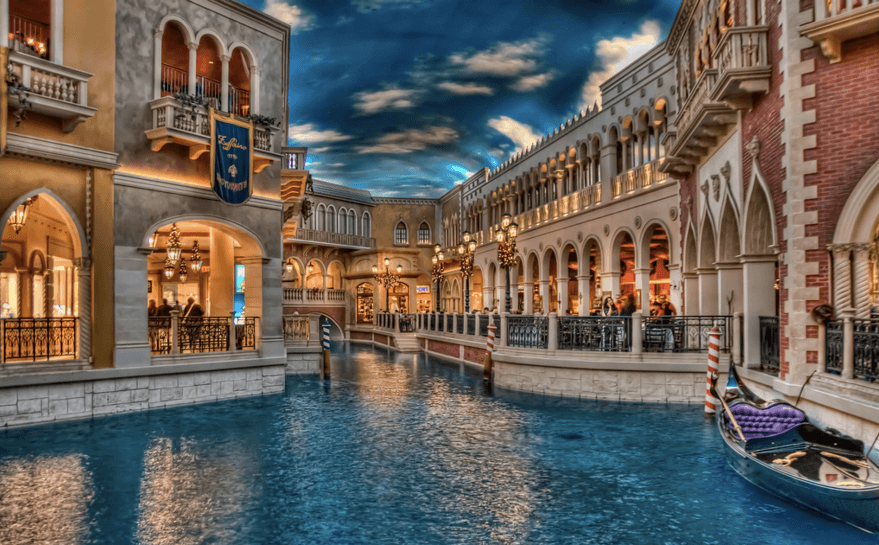 Åk gondol på kanalerna i casino resorten
